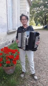 Nicole-accordeoniste-belge